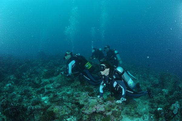 subacquei-sdraiati